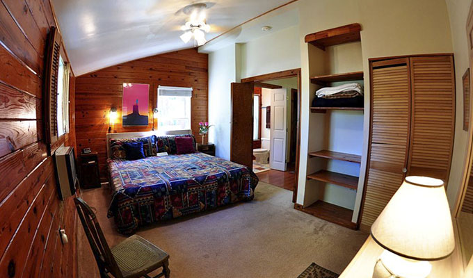 Roadrunner Cabin Master Bedroom