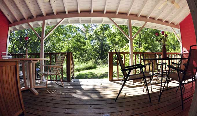 Cabin Roadrunner Porch