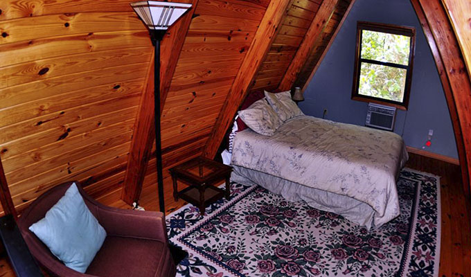 Kingfisher Cabin Loft Bedroom
