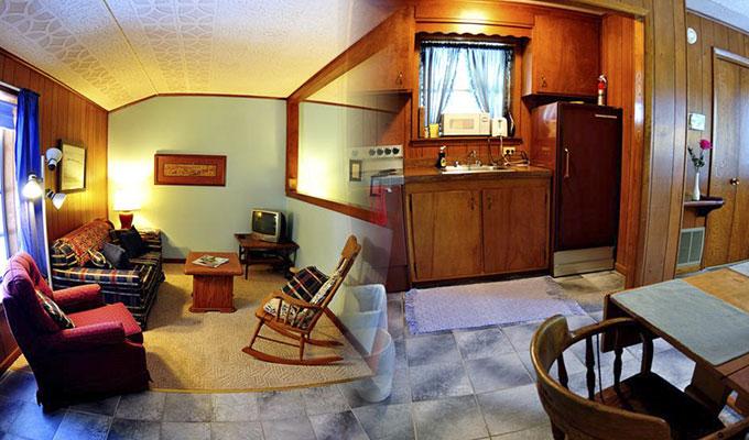Meadowlark Pool Suite Living Room & Kitchen