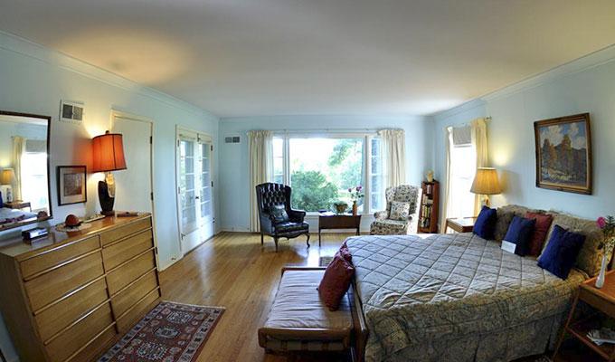 Merlin Luxury Suite Bedroom