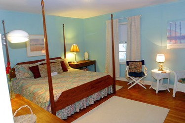 Whippoorwill Adult Luxury Suite feature